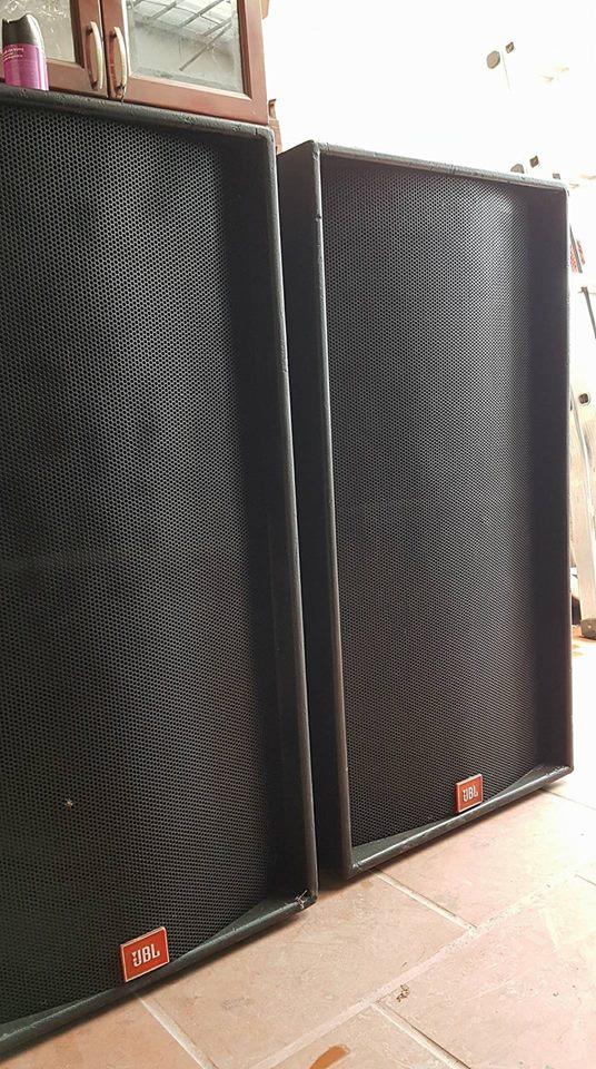 Loa trầm, loa sub hàng bãi lắp đặt trong phòng karaoke kinh doanh chuyên nghiệp, hội trường