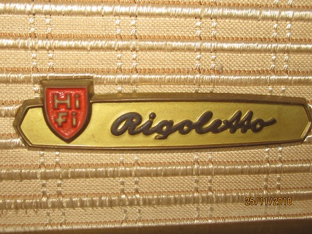 10 Chiếc radio đèn: Rigoletto giá tốt của Đức   có ảnh thật