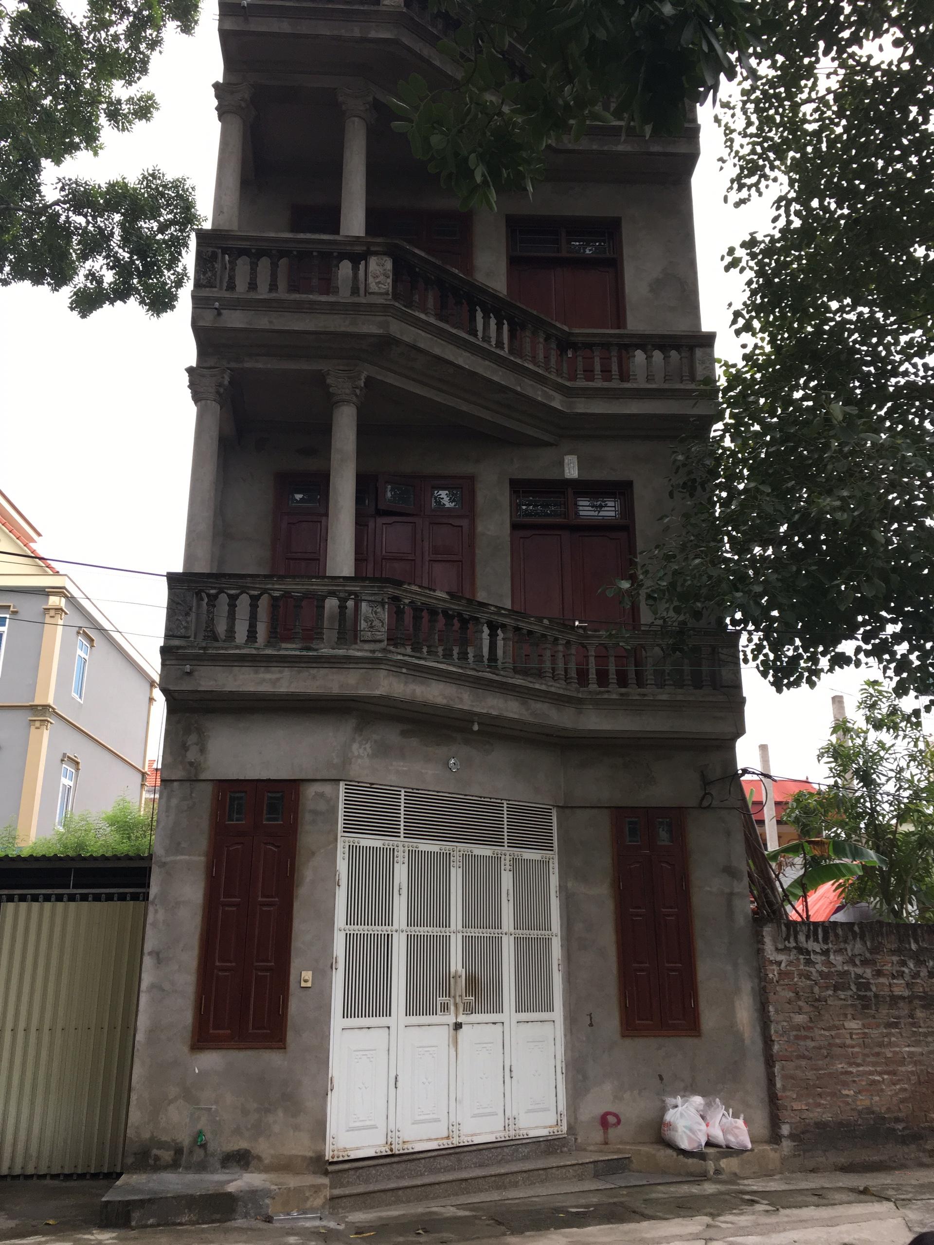 1 Chuyển công tác, tôi cần bán nhà 03 tầng, xây để ở, sổ đỏ, chính chủ, DT 80m2. Hoai Duc, .