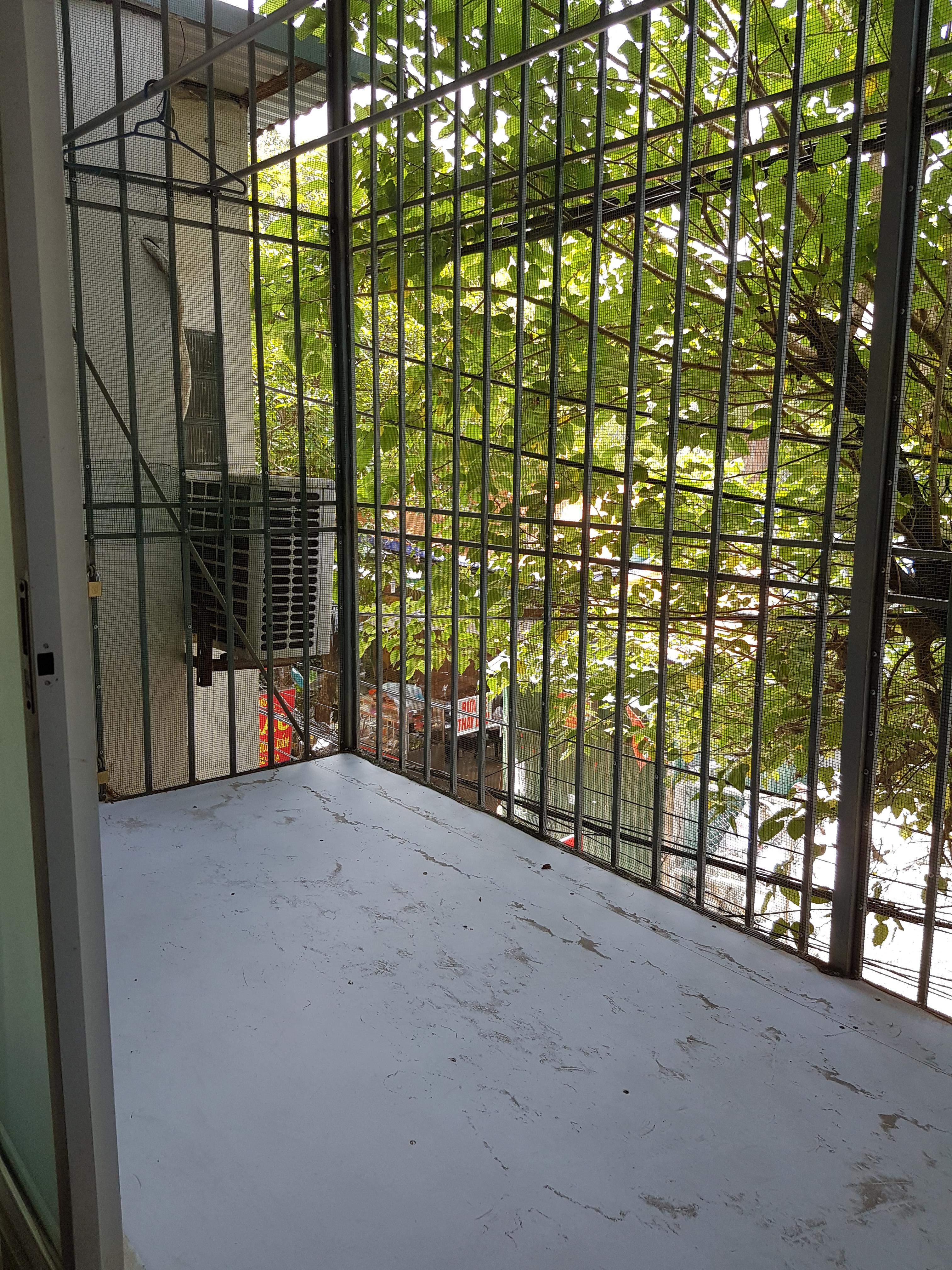 4 Cho thuê nhà ngõ 112 Ngọc Khánh, Giảng Võ 30m2 x 4 tầng, giá 8 triệu