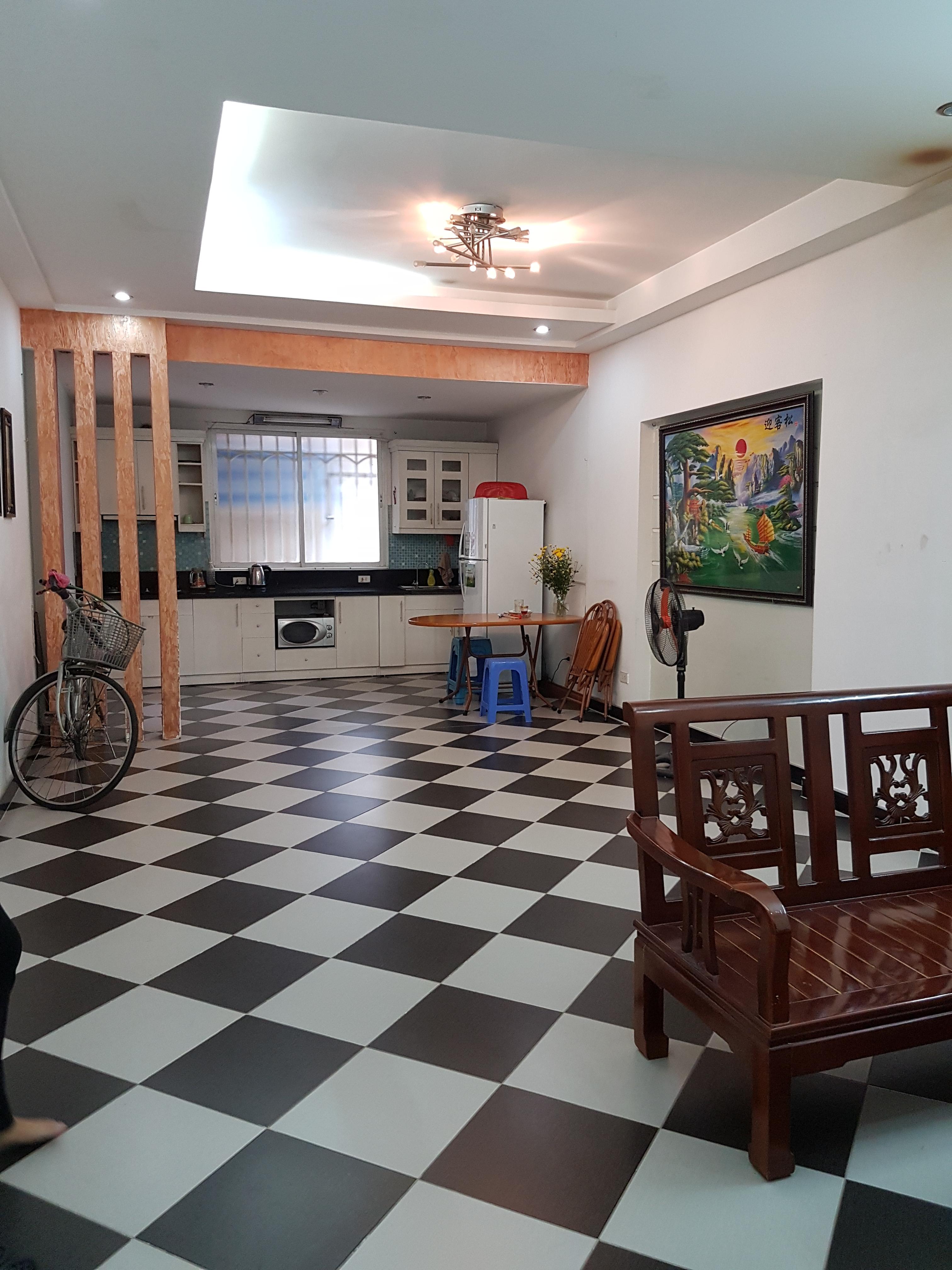 7 Cho thuê nhà ngõ 112 Ngọc Khánh, Giảng Võ 30m2 x 4 tầng, giá 8 triệu