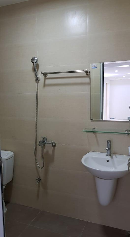 Bán căn hộ tập thể tầng 1 kinh doanh, VP phố Thành Công, Láng Hạ, tổng DT 100m2
