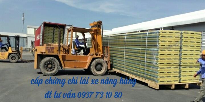 Đào tạo lái xe nâng tại chổ cho các doanh nghiệp có nhu cầu đào tạo cho công nhân trên cả nước