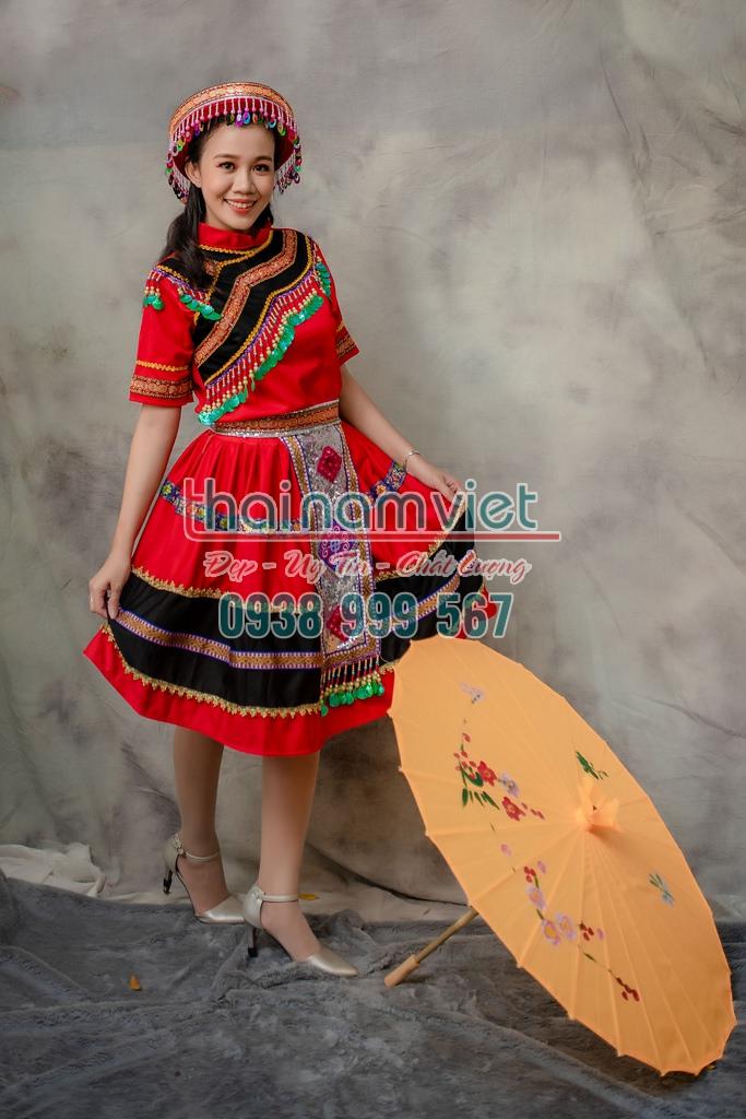 4 Bán trang phục dân tộc mèo tây nguyên đẹp mới