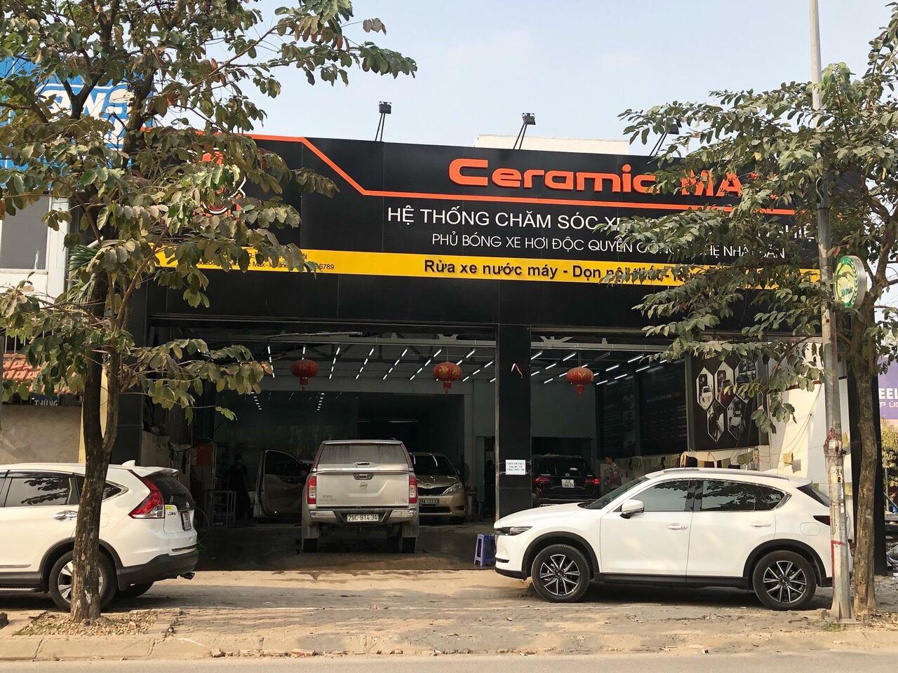1 Tôi cần chuyển nhượng lại trung tâm chăm sóc xe hơi tại số 4 đường Việt Hưng, Long Biên.