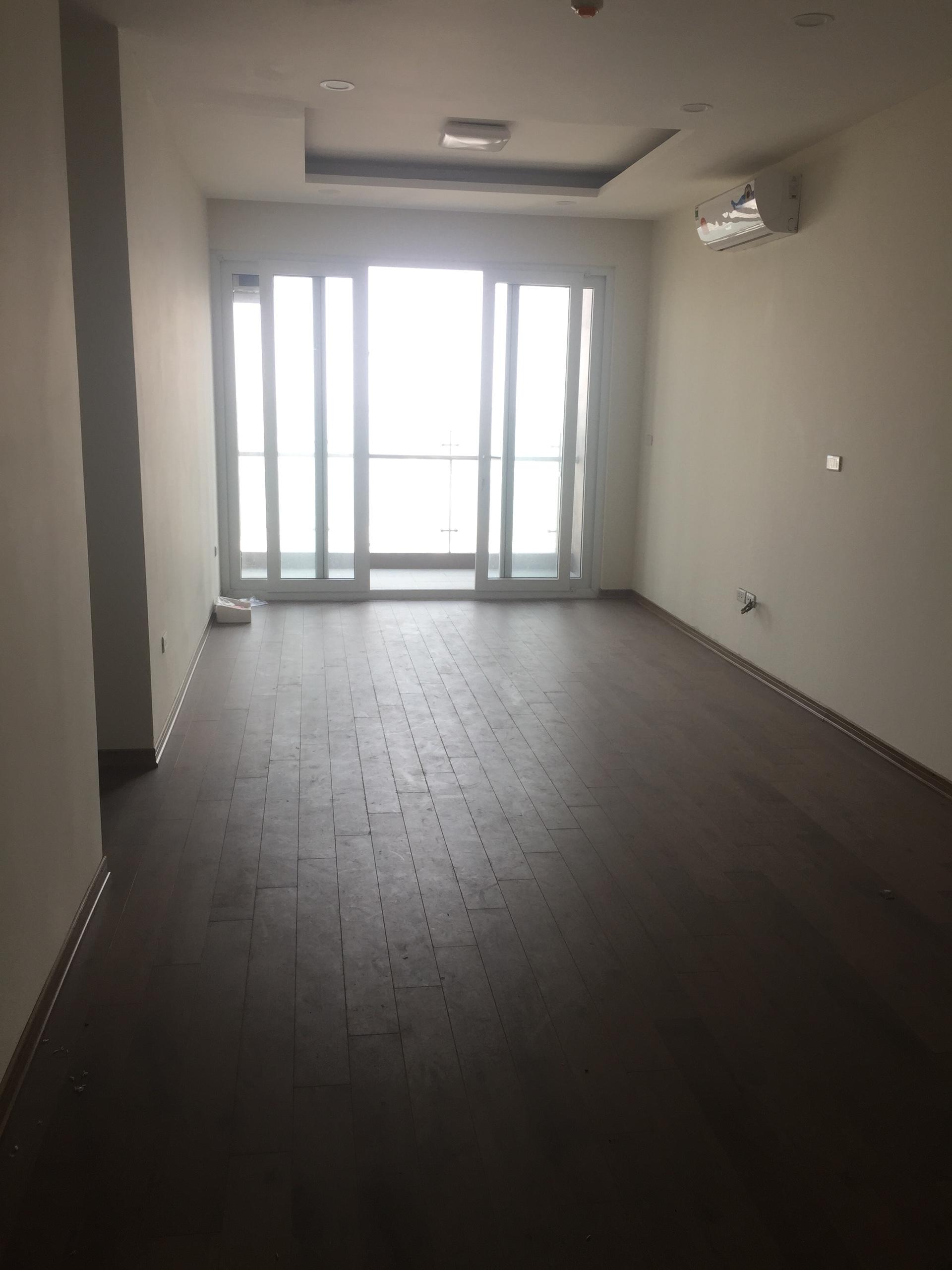 3 Vợ chồng tôi bán cắt lỗ 500tr căn hộ CT4 Vimeco Nguyễn Chánh, DT 141m2 - 3PN - giá 4,1 tỷ