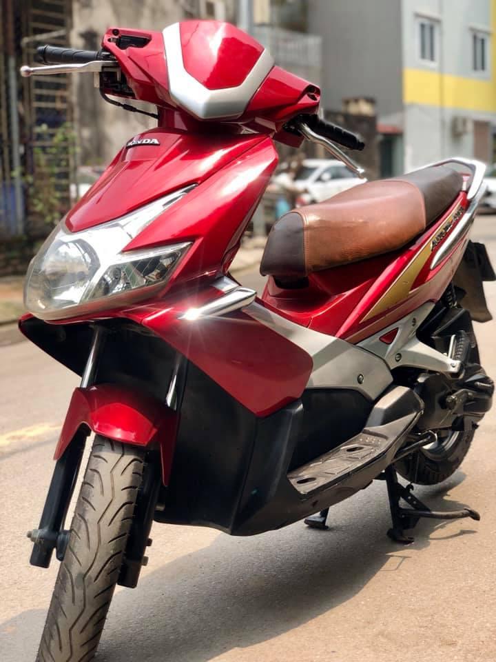 2 Air Blade đỏ Fi phun xăng điện tử ít dùng mới nguyên zin