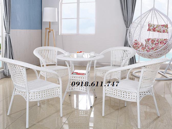 2 Bàn ghế cafe giả mây sân vườn giá rẻ tại quận Tân Phú, Tp.HCM