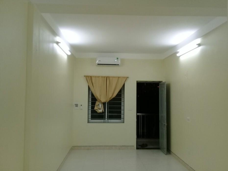 Cho thuê căn hộ chung cư mini thang máy, ô tô đỗ cửa:Kim Mã Núi Trúc, 35m