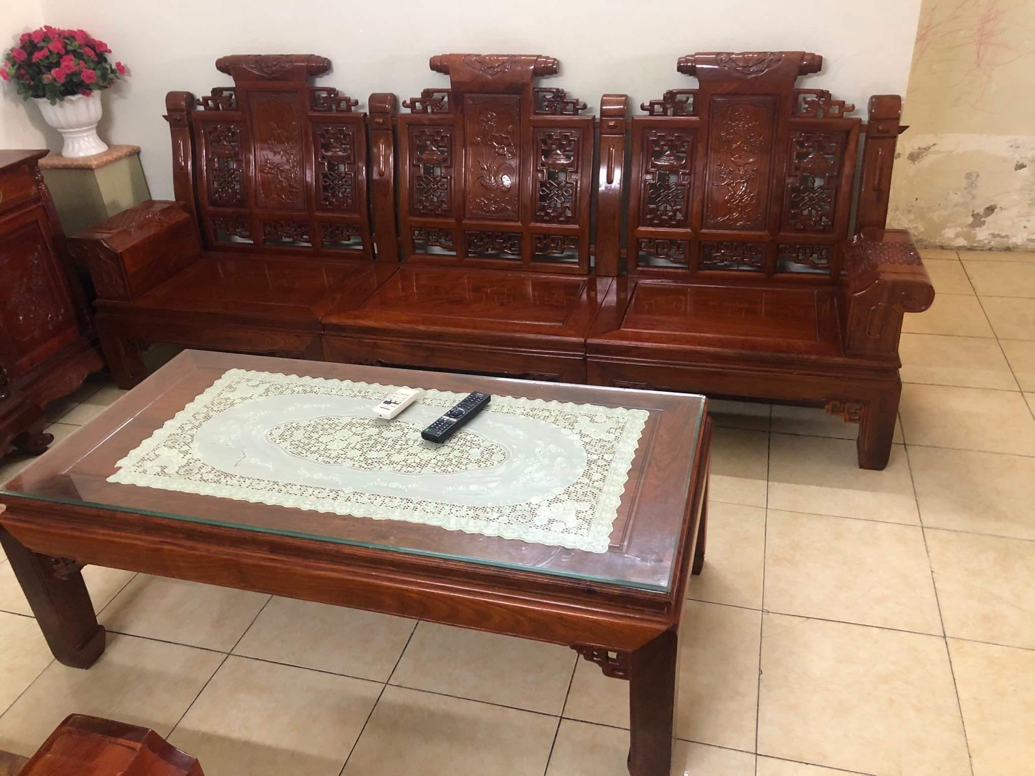 1 Bộ bàn, ghế, đôn, tủ trà gỗ Hương