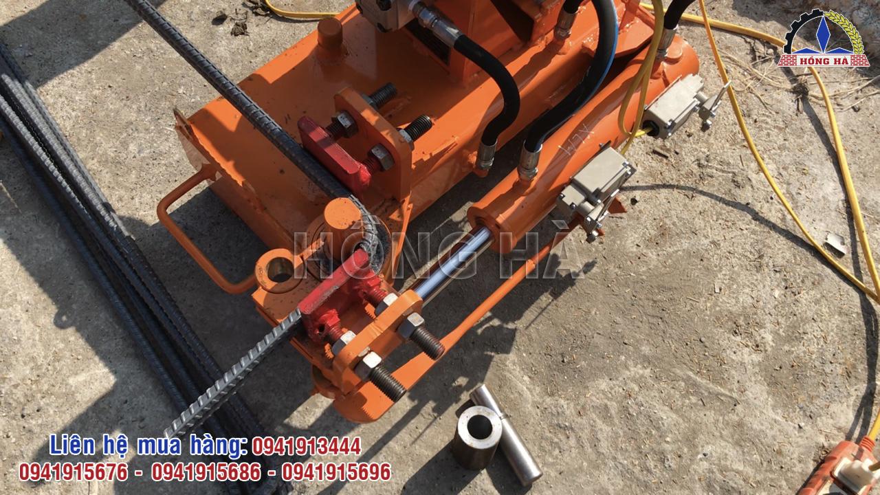 2 Máy bẻ mỏ sắt cây thủy lực và những ứng dụng trong xây dựng