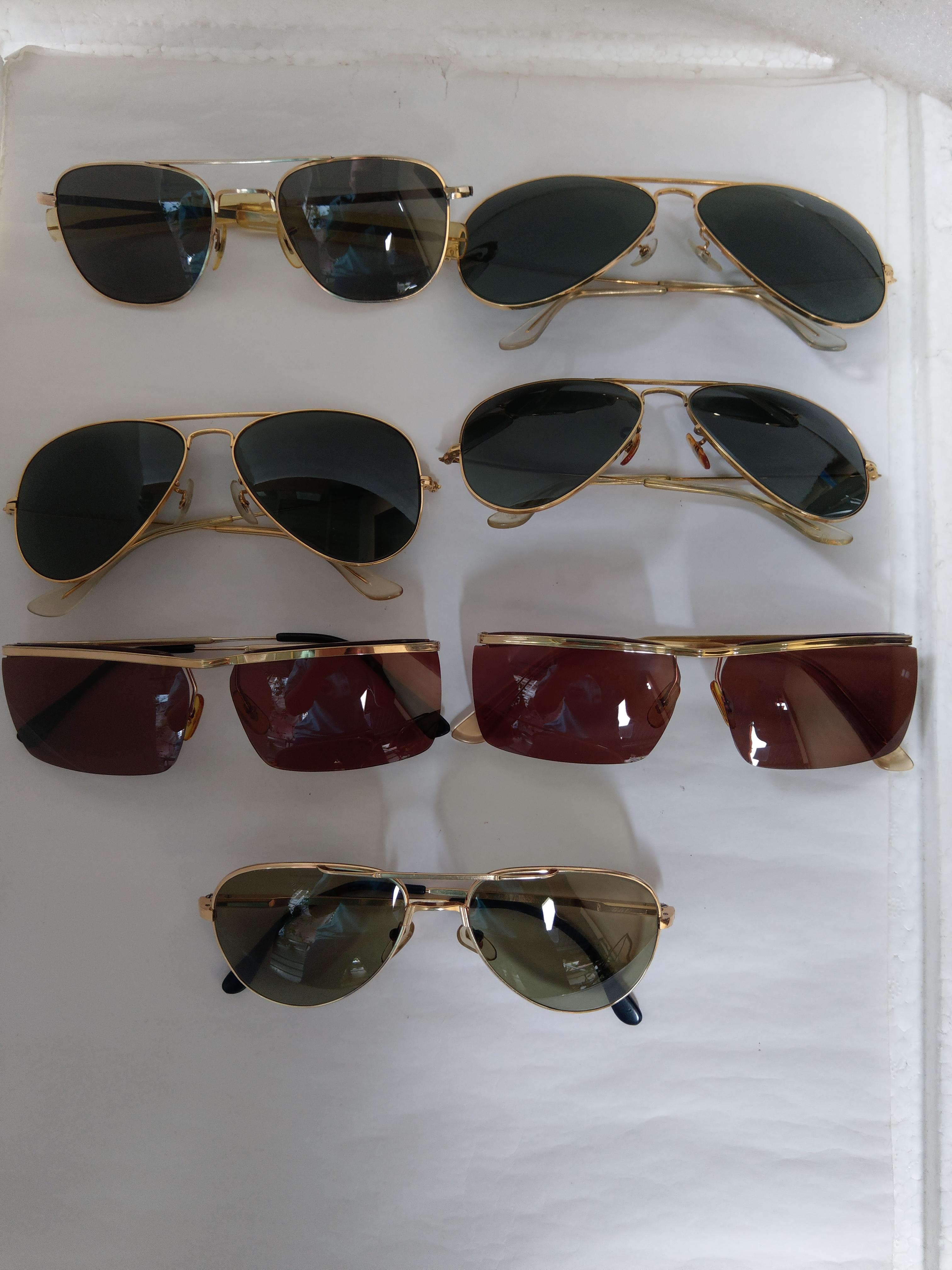3 Hàng mới  về có 7 cái  kính mạ vàng và bọc  vàng.
