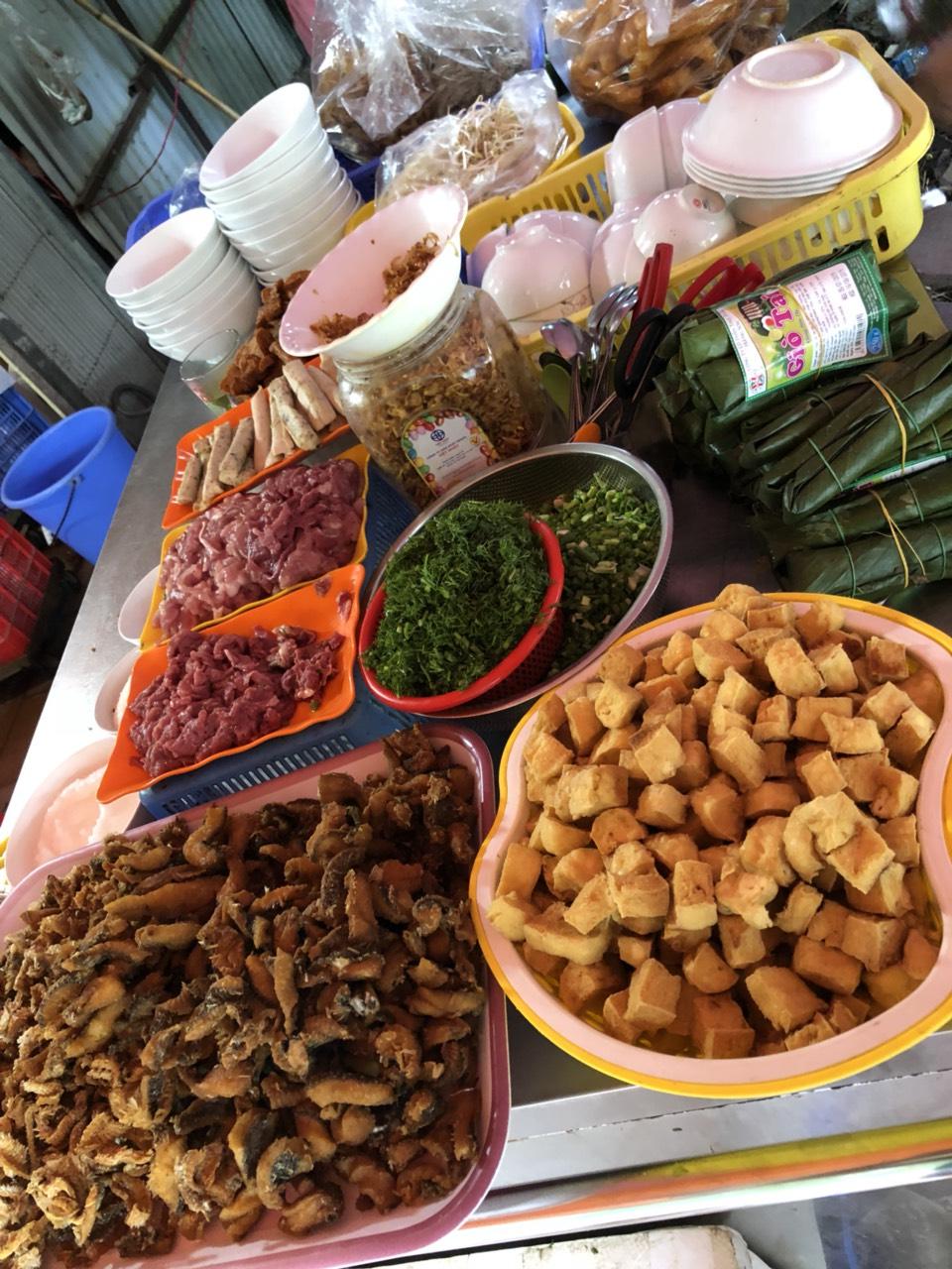 2 Minh Béo chuyên bún, bánh đa cua, cá ngõ Trần Quang Diệu
