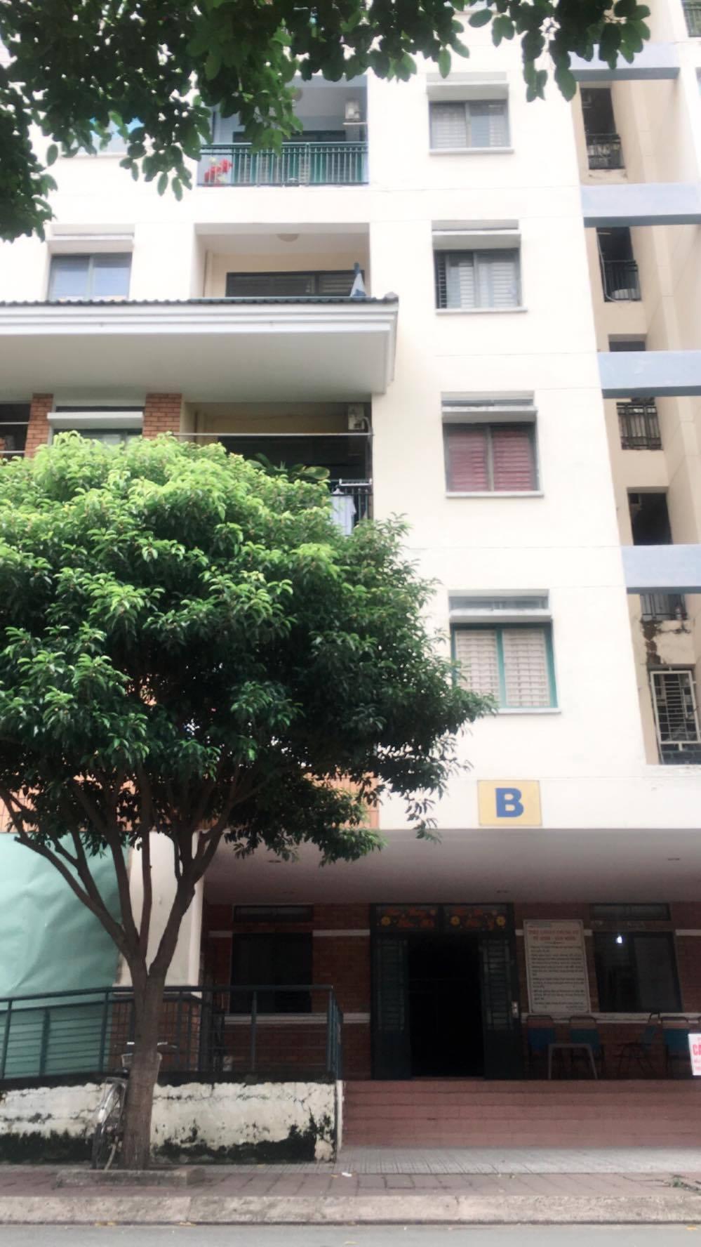 1 Cho thuê căn hộ cc Tầng 1, 312 Lạc Long Quân, Q.11