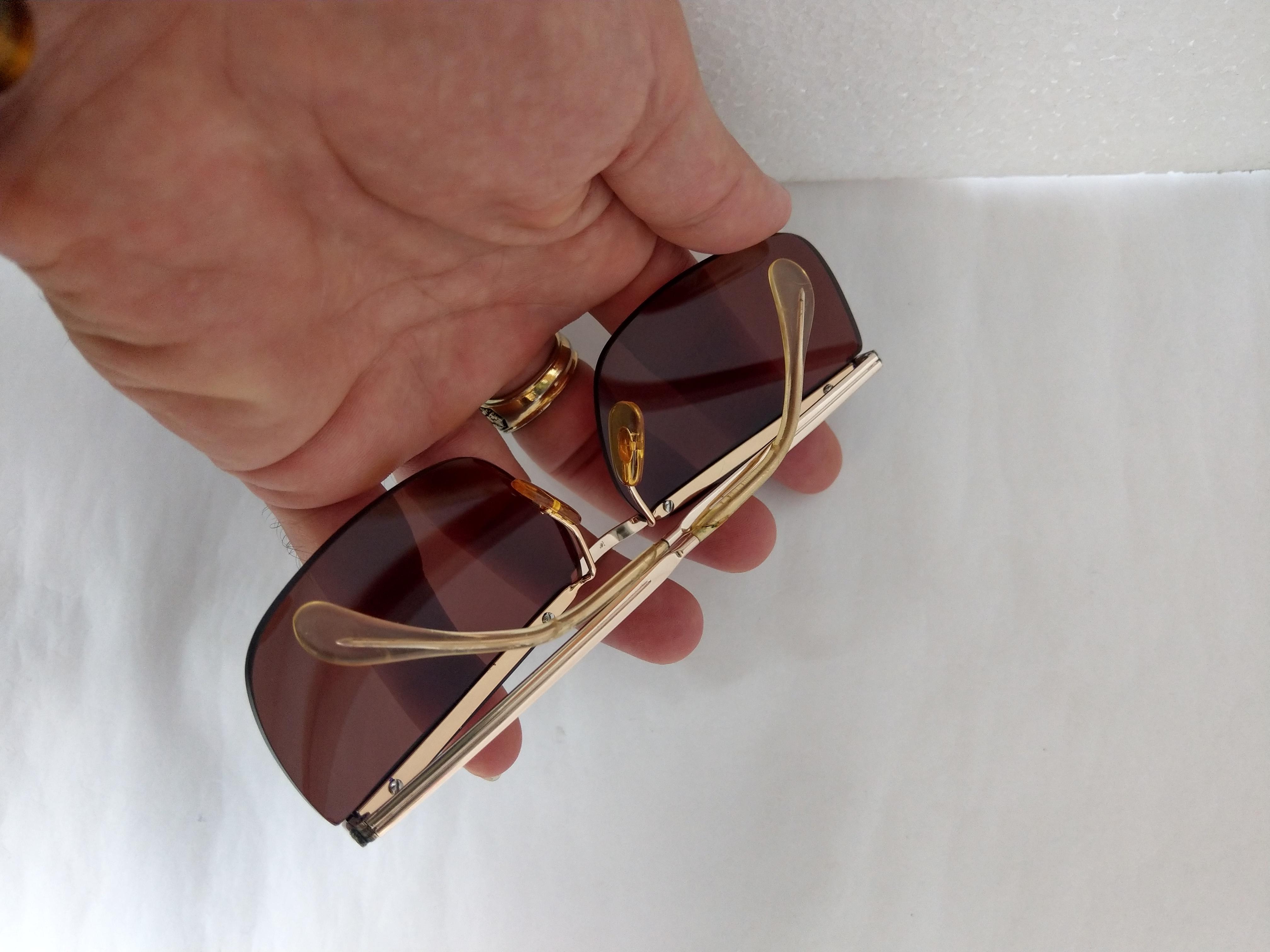 4 Kính Optura   Made in  Germany dáng đòn gánh bọc vàng.