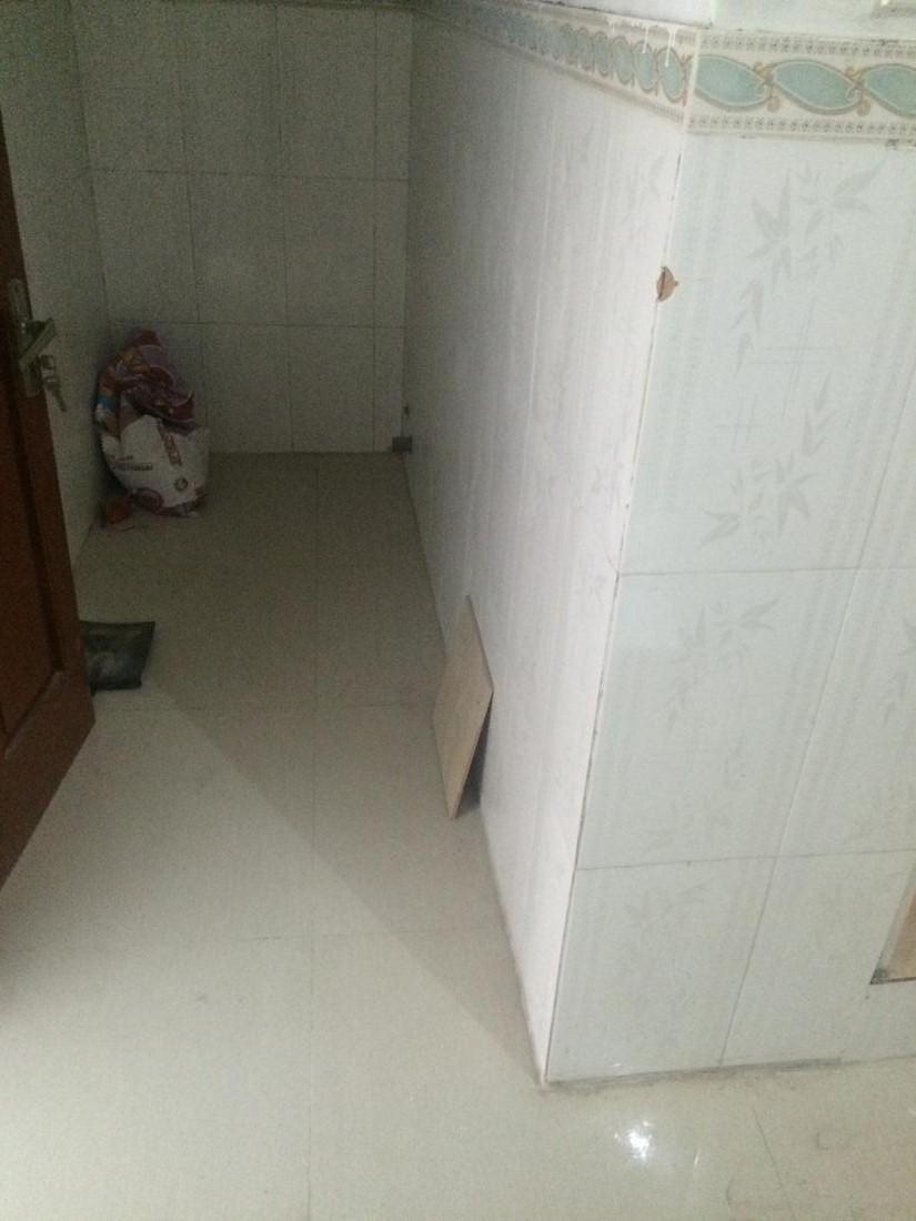 8 Cho thuê nhà riêng phố Nguyễn Thái Học, DT 40m2 x 3,5 tầng mới, giá 9,5tr/th
