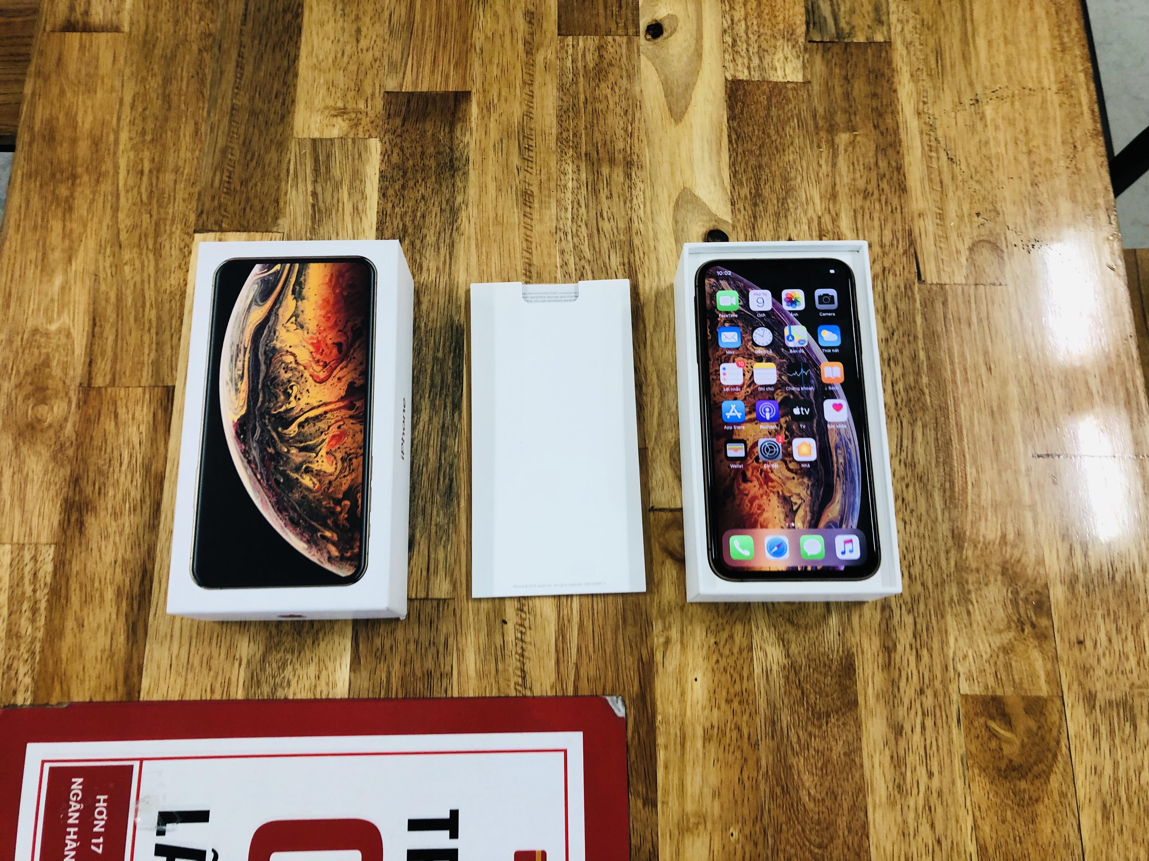 1 IPhone Xs Max Quốc Tế Fullbox 2C Mobile