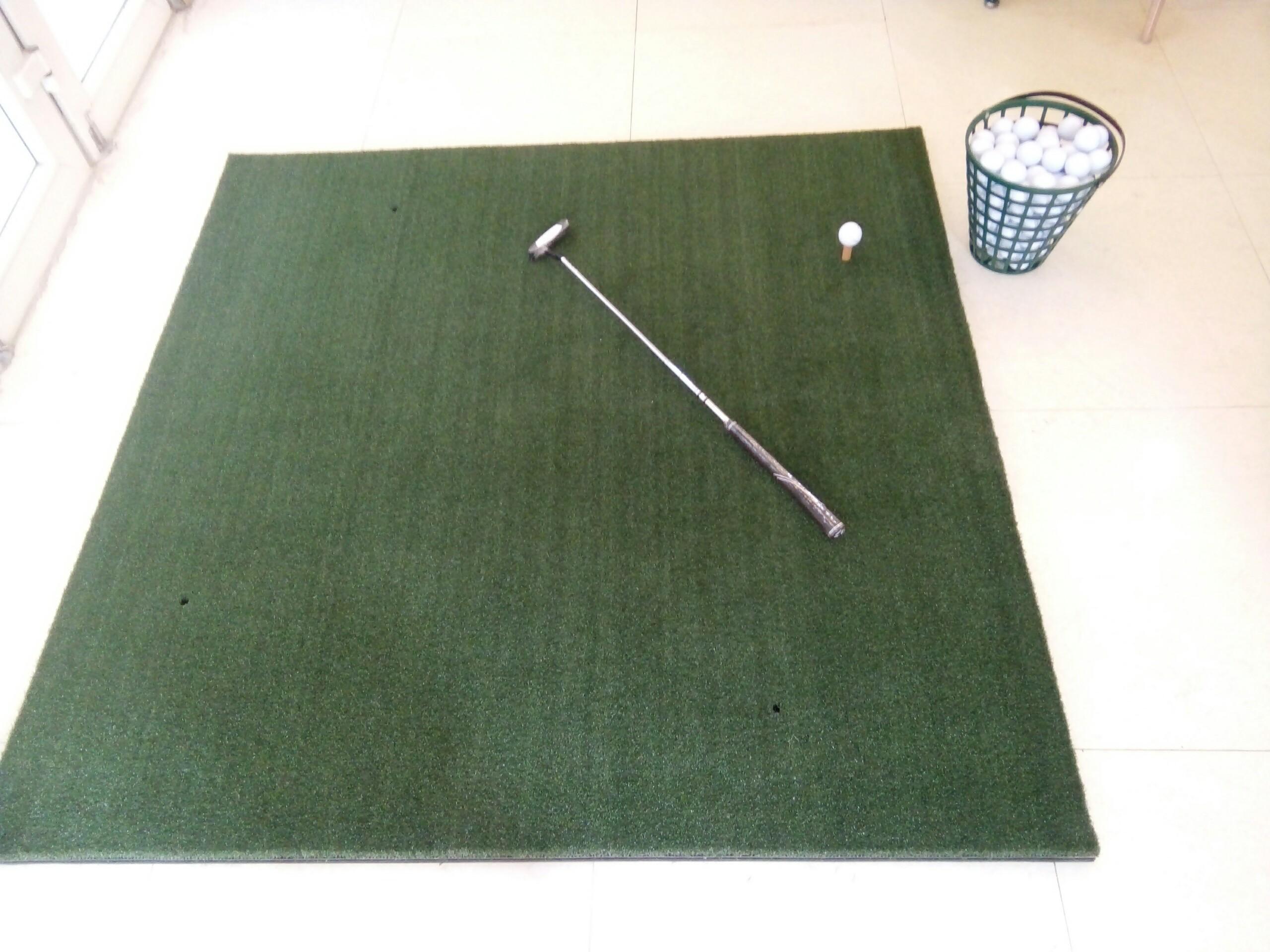 Thảm phát banh golf