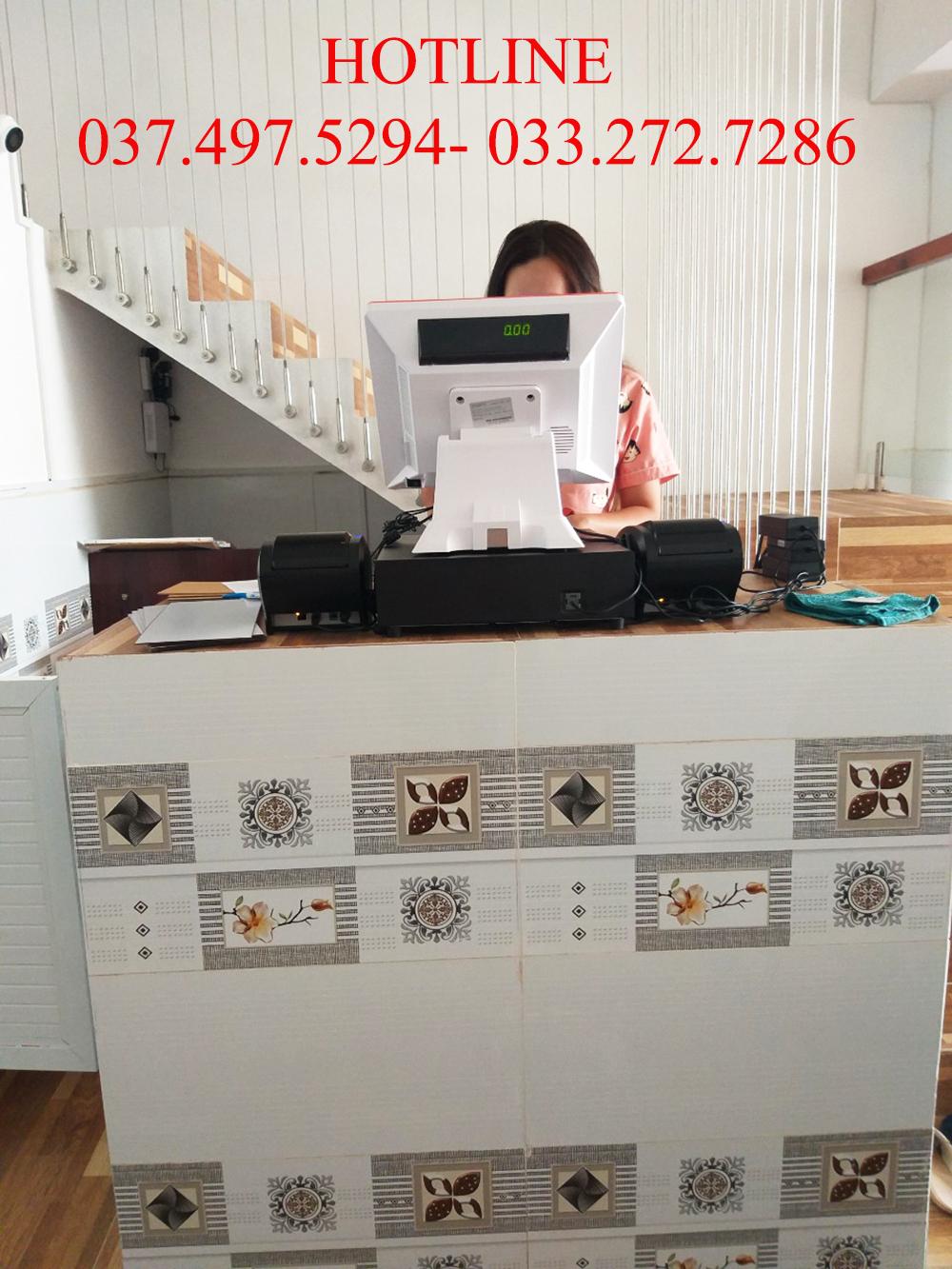 4 Lắp đặt bộ máy tính tiền cho quán lẩu nướng
