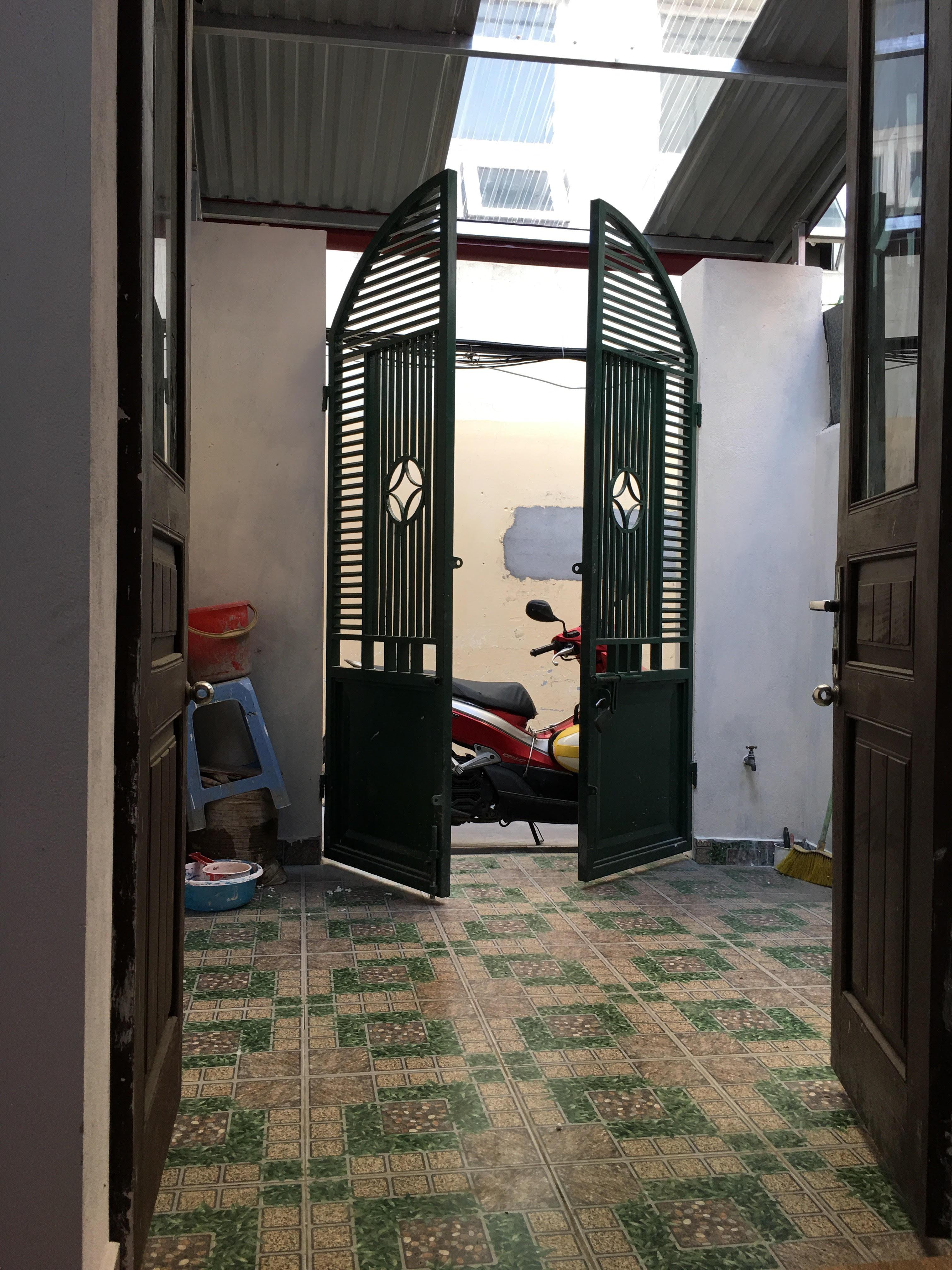Cho thuê nhà trong ngõ đường Trần Phú