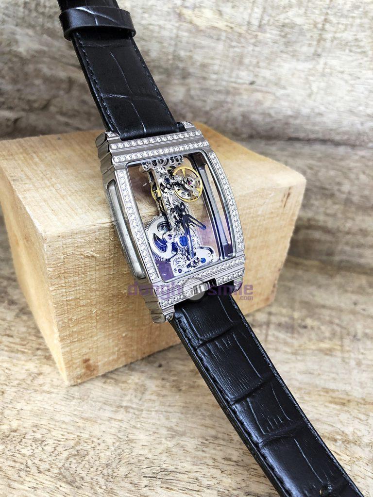 2 Đồng hồ Corum automatic giá tốt A-CR02