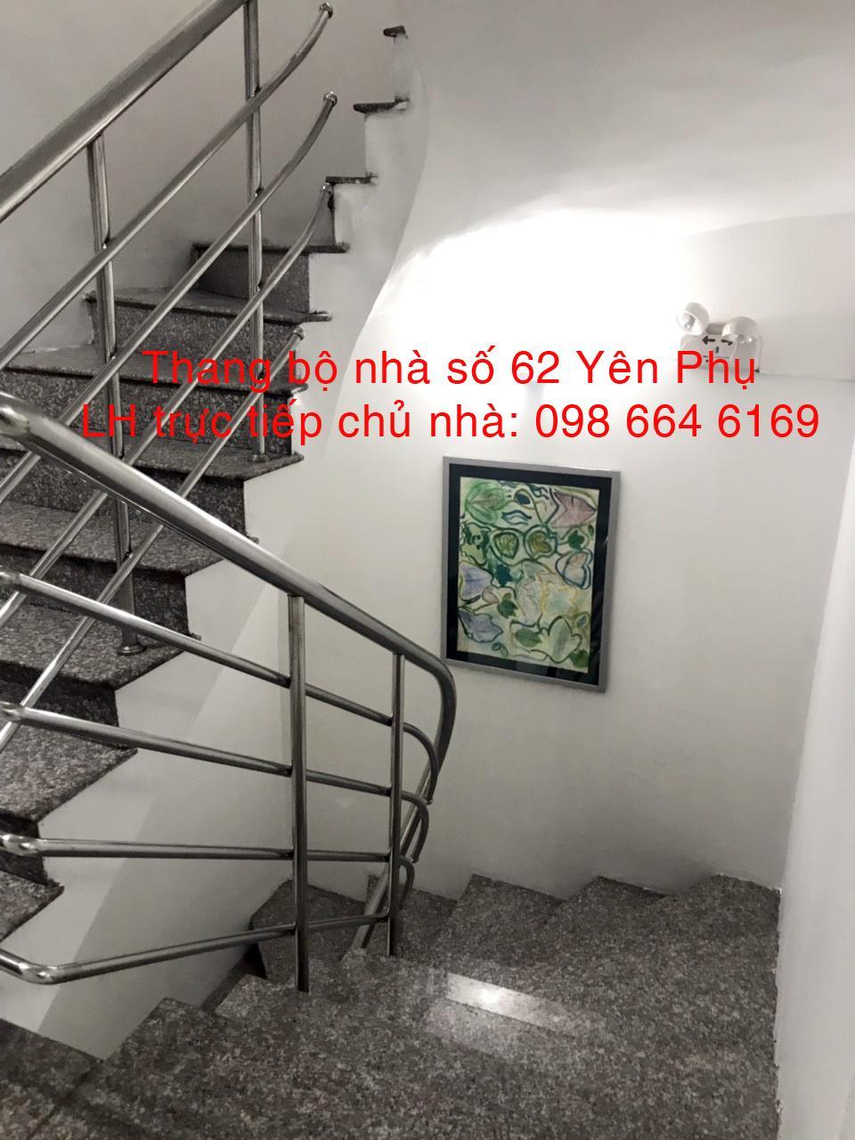 8 70 và 91m2  VP giá rẻ, DV tốt tại đường đôi Yên Phụ. LH  trực tiếp chủ nhà: 0986 646 169
