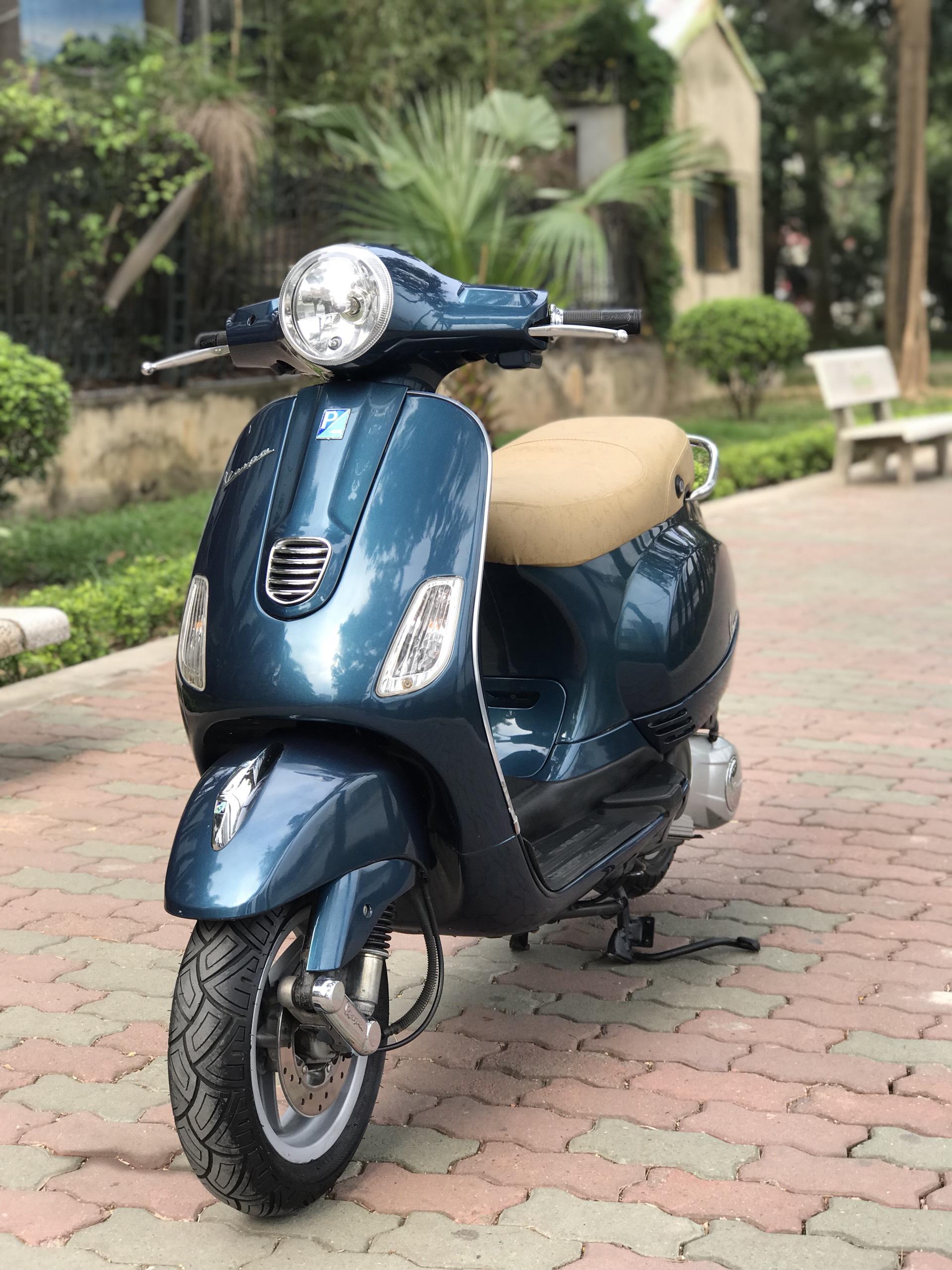 Vespa LX 125 đời cao 3vie màu xanh chính chủ 29B1 - 35320