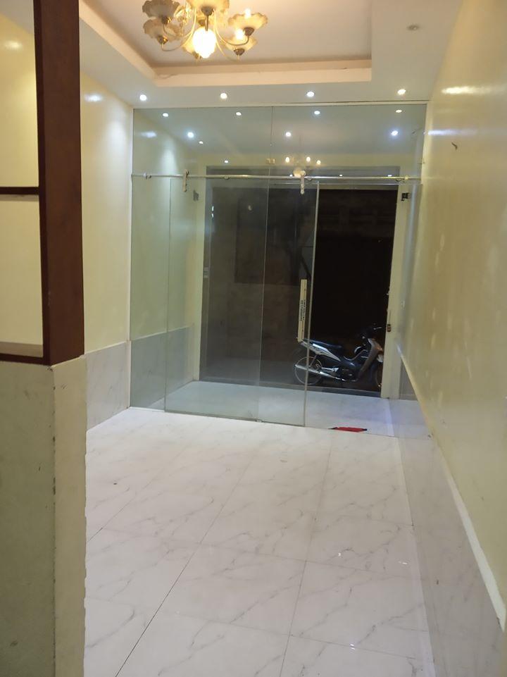 2 Cho thuê mặt bằng kinh doanh tầng1 riêng biệt, tại Trương Định chính chủ.