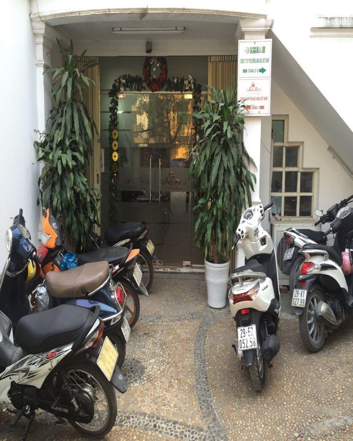 Cho Thuê nhà Tầng 1 làm văn phòng hoặc kinh doanh DT:300m2 201702082343_img_4204